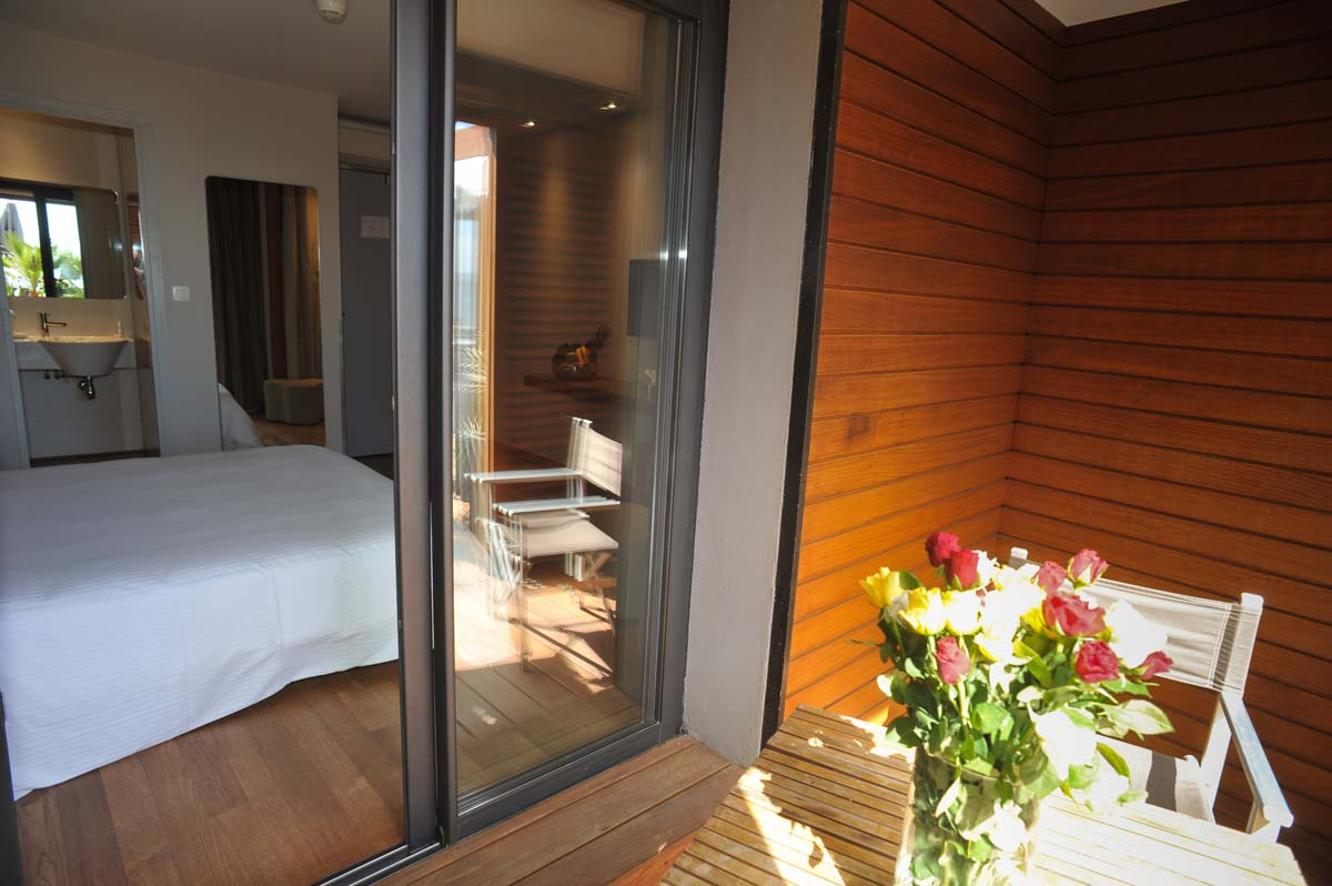 Chambre d 39 h tel vue mer hy res for Chambre 13 hotel